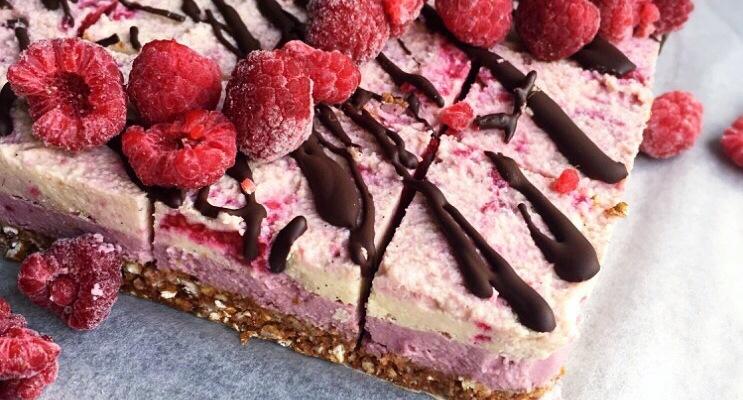 raw vegan no bake raspberry cheesecake
